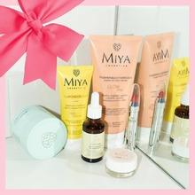 Quieres hacer un regalo? Elije @miyacosmetics una marca de cosmética natural de altísima calidad que te sorprenderá como lo ha hecho con las celebrities. #miya #cosmeticanatural #cosmeticalowcost #beauty